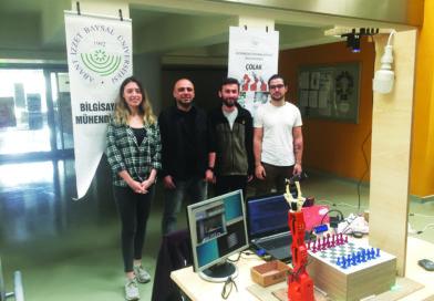 Üniversiteler Arası Robot Yarışmalarında İki Ödül